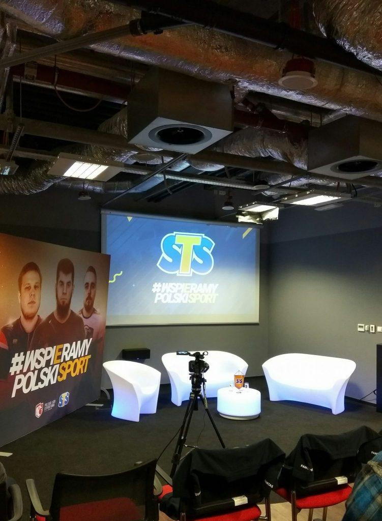 [Analiza] STS i Fantasy Expo łączą swoje siły. PLE zyskuje silnego sponsora. Co dalej z hazardem w esporcie?
